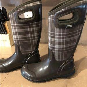 BOGS Rainboots Sz7 in Hampton Plaid Boots Neotech